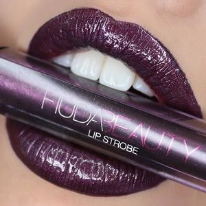 HUDA BEAUTY LIP STROBE MOODY *BRAND NEW